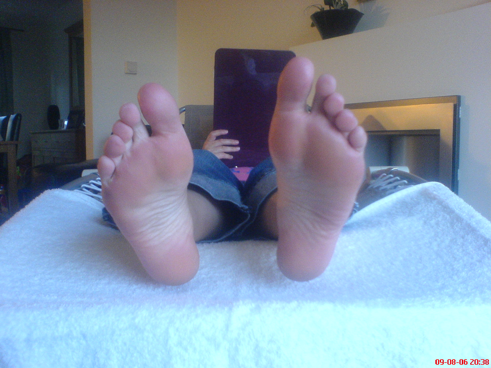 images/slider/emma feet.JPG